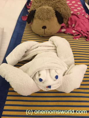 Carnival Sunshine Towel Animal
